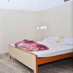 800-single-bedroom-kolkata-dharamsala